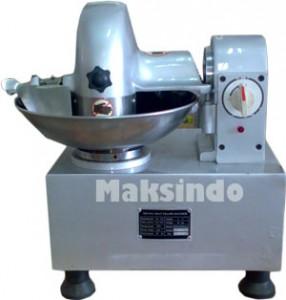 Mesin Meat Mincer 5 286x300 Mesin Mixer Pencampur Adonan Bakso