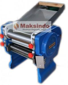 Mesin Pencetak Mie 239x300 Mesin Pembuat Mie (Cetak Mie)