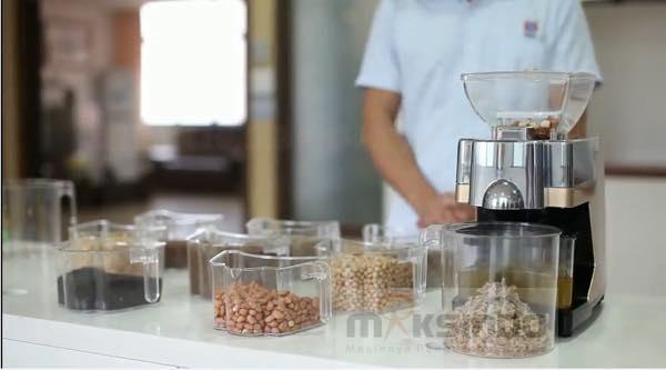 Mesin Press Minyak Biji Bijian MKS J03 2 Mesin Press Minyak Biji Bijian (MKS J03)